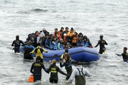 Juncker: ajalugu annab Merkelile põgenike küsimuses õiguse