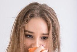 Kas sibulatükid ninas või C-vitamiini tarvitamine aitavad grippi peletada?