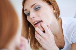 Ohatis varitseb: ära kasuta võõraid huulepulki!