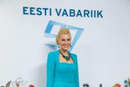 """Vähiravifond """"Kingitud elu"""" käivitas presidendi vastuvõtu kleitide oksjoni"""