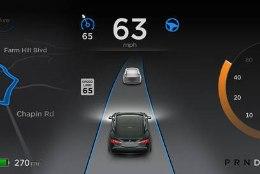 Musk: autopiloot vähendab õnnetuste arvu 50% võrra