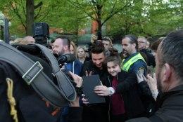 ÕHTULEHE GALERII JA VÄLKINTERVJUU | Eurovisioni suurfavoriit Sergei Lazarev: loodame, et ma võidan!