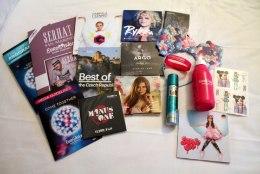 FOTOREPORTAAŽ | Jaapani-stiilis kõrvadega linna peale EHK Mida peidab endas Eurovisioni ajakirjaniku nännikott?
