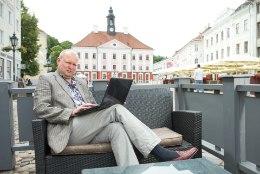 Paavo Kangur: inimesed paluvad elulooraamatuis mõndagi ümaramaks kirjutada