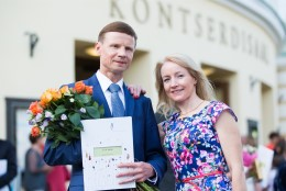 Riigikogulane Aivar Sõerd lõpetas bakalaureuseõppe oreli erialal