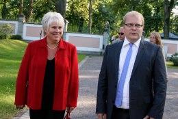 RAHVA OMA PRESIDENT I Rahva presidendi ralli finaalis lähevad vastakuti Marina Kaljurand ja Urmas Paet