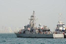 USA sõjalaev tegi Pärsia lahes Iraani laeva suunas hoiatuslaske