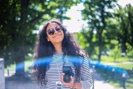 """ÕHTULEHE VIDEO   Tumedanahaline eestlanna Sinencia vastab netikommentaatoritele: """"Kõik eestlased tahavad ennast pruuniks päevitada"""""""