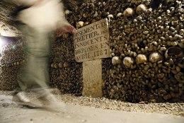 Pariisi katakombides narkopeol möllanud mees heitis hinge