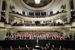 PALJU ÕNNE! Täna tähistab Estonia teater oma 110. sünnipäeva
