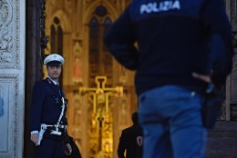 Firenze kuulsas kirikus tappis alla kukkunud kivifragment turisti
