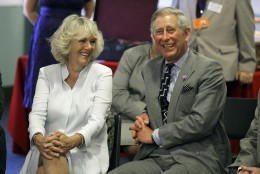 Camilla meelitas noore prints Charlesi kättemaksuks voodisse?