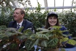 ÕHTULEHE VIDEO | Kas Züleyxa Izmailova oleks valmis ka abilinnapeana puu otsa ronima, et seda saemehe eest kaitsta?