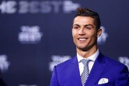 RIKASTE EDETABEL: maailma parim jalgpallur Cristiano Ronaldo tõusis enim teenivaks sportlaseks