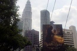 """Malaisia tsensuur lükkas """"Kaunitari ja koletise"""" esilinastuse edasi"""