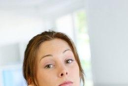 15 lauset, mis naistele närvidele käivad
