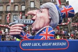 Lordide koda andis Theresa Mayle sümboolse kõrvakiilu