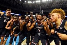 IMELINE! Maik-Kalev Kotsari koduülikool lõhkas tõelise üllatuspommi - alistati USA kolme olümpiakullani tüürinud Mike Krzyzewski ja mainekas Duke