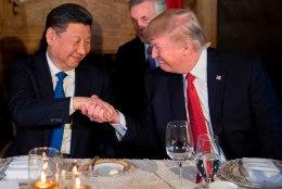 Trump otsustas Süüriat rünnata vahetult enne õhtusööki Hiina presidendiga
