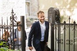 Rain Rosimannuse ja Martin Kuke hooldekoduäri algus kiratseb