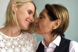 """""""Söö, palveta, armasta"""" autor naitus lootusetult haige lesbikallimaga"""