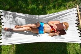 Raamatufriigid teavad! Mida suvepuhkusel kindlasti lugeda?