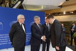 KOHLI MATUSETSEREMOONIA GALERII | Ratas: peame kandma edasi tema pärandit ühtsest Euroopast
