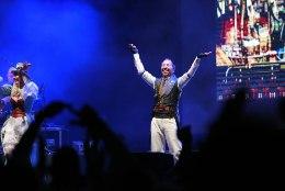 GALERII | DJ Bobo tähistas Saku Suurhalli laval 25. aasta lavajuubelit