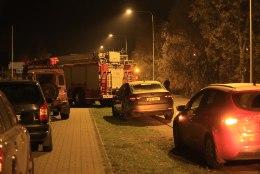 FOTOD SÜNDMUSKOHALT | Kakumäel suri kaks last gaasimürgitusse, päästjad kontrollivad sama trassiga ühendatud maju