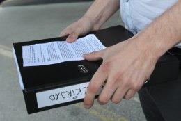 Tselluloositehase eriplaneeringu lõpetamise toetuseks on antud ligi 10 000 allkirja