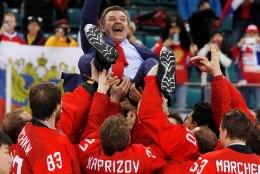 Vene hokikoondise suure triumfini tüürinud Oleg Znarok: kuldmedaliga vastasin kõikidele teie küsimustele