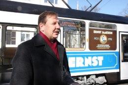 FOTOD | Eesti kuulsaima diplomaadi nimega retrotramm Ernst saadeti liinile