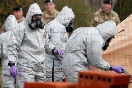 Briti võimud: Skripalid mürgitati vedela närvimürgiga