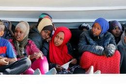 FOTOD | Hispaania võtab vastu migrandid, kelle Itaalia ja Malta ära põlgasid