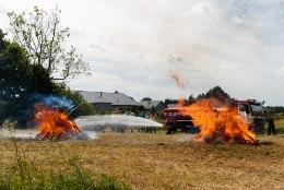 Päästjatele andsid tööd järelvalveta ja ülekäte läinud lõkked