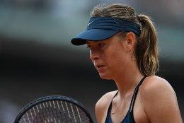 Maria Šarapova edutee Pariisis lõppes veerandfinaalis