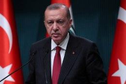 EKSMINISTER GABRIEL HOIATAB: Türgi president võib haarata aatomipommi järele