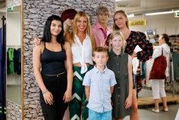 ÕL VIDEO | Noorte lemmikmoelooja Katrin Aasmaa näitab, kuidas teise ringi sulgedega stiilselt kooliaastat alustada