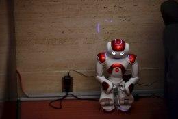 Pimedust pelgav robot äratab kaastunnet