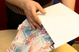 Eesti üks rikkamaid ettevõtjaid jagas osa varast lastele