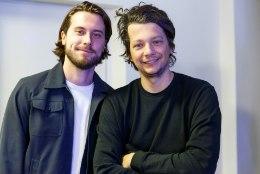 """Stig Rästa ja Victor Crone'i """"Eesti laulu"""" võistluslugu lööb Rootsi raadiojaamades laineid"""