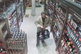 PEREPOJA ALKOHOLISM SILLUTAS TEE VERETÖÖNI: helistasin õele, et ema on surnud ja ma tapsin isa. Ja siis jõin viina edasi