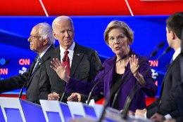 USA demokraatide debatt: miljardäre ei tohiks olemas olla!