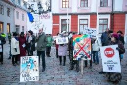 ÕL VIDEO JA GALERII | SUUR VASTASSEIS: vikerkaarerahvas ja traditsiooniliste pereväärtuste pooldajad panid rinnad kokku!