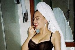 Venelannast pruut hülgas Johnny Deppi