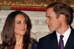 TÜLI PARADIISIS? Internetis levib klipp, milles Kate Middleton abikaasa prints Williami puudutusele eriti tülgastavalt reageerib