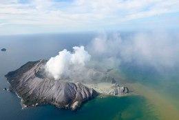 Uus-Meremaal purskas vulkaan, tõenäoliselt hukkus neliteist inimest