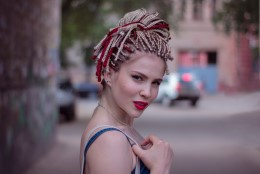 ILU NÕUAB OHVREID: Afropatside soovija peab juuksuriaja terveks päevaks kinni panema