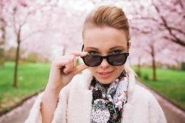 HELEDAD VÕI TUMEDAD? Sellised päikeseprillid kaitsevad silmi kõige paremini