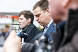 Juhtkiri | Kelle nägu on ümar koalitsioonilepe?